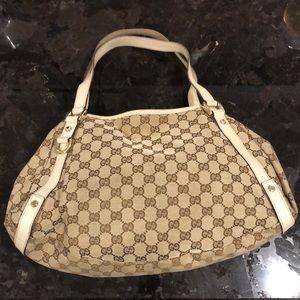 Gucci white/beige purse